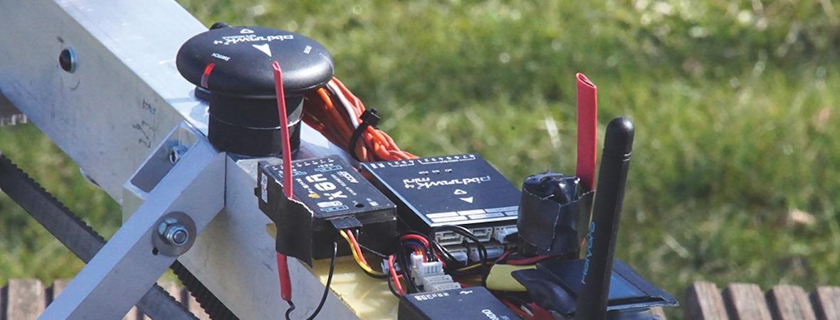 Helikopterfliegen mit Flightcontroller – eine Alternative zur Heli-Steuerung?